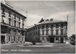 Monza: Piazza Indipendenza. Viaggiata 1960 - Monza