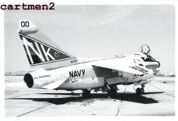 AVION DE CHASSE AERODROME BRON PHOTOGRAPHIE ANCIENNE AVIATION MILITAIRE MIG MICHEL FOURNIER LYON GUERRE U.S. ARMY NAVY - Luchtvaart