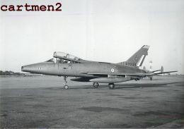 AVION DE CHASSE AERODROME BRON PHOTOGRAPHIE ANCIENNE AVIATION MILITAIRE MIG MICHEL FOURNIER LYON GUERRE U.S. ARMY NAVY - Aviation