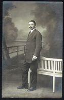 Homme à Moustache En Costume  - Non Circulé - Not Circulated - Nicht Gelaufen. - Hommes