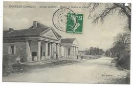 24-SIGOULES-Groupe Scolaire, Mairie Et Justice De Paix...1909  Animé  (coin Haut Droit Défaut) - France
