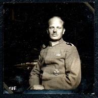 B7482 - Porträt Offizier Uniform Orden Eisernes Kreuz Abzeichen Medaille -  2. WK WW - Guerre 1939-45
