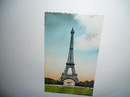 75 PARIS CARTE ANCIENNE EN COULEUR GAUFRE PARIS LA TOUT EIFFEL ET LE PALAIS CHAILLOT N°32 EDIT SPECIAL DE LA TOUR EIFFEL - Tour Eiffel