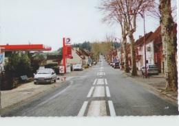CPM 46 PAYRAC ... Avenue De Toulouse, La Station Service (Livenais VE130407) Total - Autres Communes