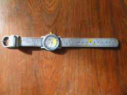 ANCIENNE  MONTRE  BRACELET / POUR  ADO   / LE PETIT PRINCE  / BRACELET SYNTH. BLEU CIEL / A REVISER - Watches: Modern