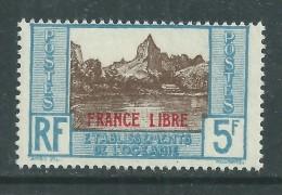 """Océanie N° 141 X  5 F.  Bleu Clair Et Brun Surchargé  """"France Libre"""" Trace De Charnière SinonTB - Ongebruikt"""