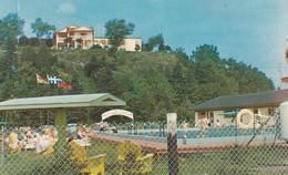"""""""L'Hotel De La Roche Pleureuse, - Ses Motels - Sa Piscine"""" Ile Aux Coudres - Co. Charlevoix, Quebec - Quebec"""