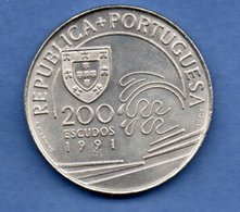 Portugal  - 200 Escudos 1991   --  Km # 658  -  état  SUP - Portugal