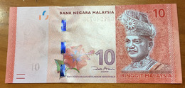 Brand New 10  MYR Ringgit. ,   Deux Photos, Recto Verso - Malaysia