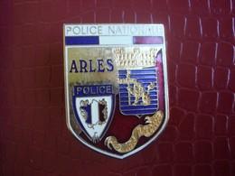 Police Nationale - ARLES - Polizia