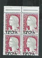 Ile De La Réunion. No 350** Marianne De Decaris En Bloc De 4 Avec Variété Surcharge Décalée; - Unused Stamps