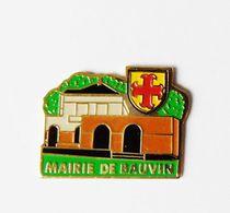 Pin's  Mairie De Bauvin - BL18 - Autres