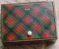 RARE , XIX ° BOITE A TIMBRES TARTAN CLAN Mc DUFF , STAMP BOX MAUCHLINE WARE Ca 1840  , JAMES SANDY - Scatole/Bauli