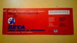 BIGLIETTO AEREO TICKET AIR DETA LINHAS AEREAS MOZAMBIQUE MAPUTO LISBON 1979 TIMBRO UFFICIALE DI MAPUTO - Carte D'imbarco Di Aerei