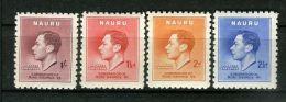 NAURU : COURONNEMENT DE GEORGE VI , TIMBRES  NEUFS  AVEC  TRACE  DE  CHARNIERE . - Royalties, Royals