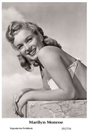 MARILYN MONROE - Film Star Pin Up PHOTO POSTCARD - 201-716 Swiftsure Postcard - Postales