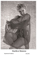 MARILYN MONROE - Film Star Pin Up PHOTO POSTCARD - 201-702 Swiftsure Postcard - Postales