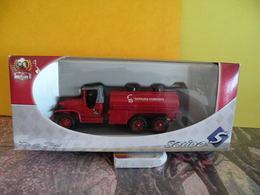 Véhicule De Pompier - GMC Citerne - 1/43 - SOLIDO France - Pompiers
