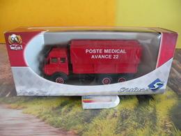Véhicule De Pompier - Mercedes Poste Médical - 1/43 - SOLIDO France - Pompiers