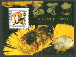 ST THOMAS AND PRINCE 2003 BANGKOK BUTTERFLIES & FUNGI  FLOWERS BEES 3 M/SHEETS MNH - Sao Tome And Principe