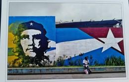 L) 2018 CUA, FLAG, CHE GUEVARA, MURAL, ART, REVOLUTION, PEOPLE, POSTCARD - Kuba