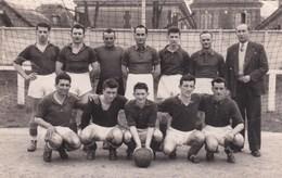 ROMILLY-sur-ANDELLE. Equipe De Football Championne De Promotion Rouennaise En 1955 - France