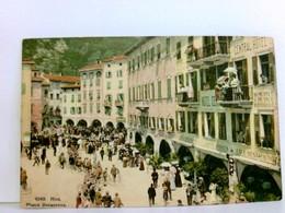Seltene Sehr Schöne AK Riva. Piazza Benacense. Straßenpartie, Gebäudeansichten, Central Hotel, Caffe Andreis, - Italien