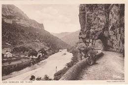 Lozère : GORGES Du TARN : La Moto - Gorges Du Tarn