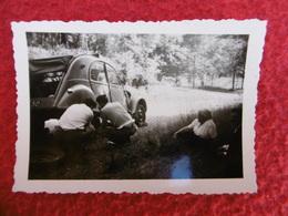 AUTOMOBILE 2CV CITROEN ROUE CREVÉE PHOTO  9 X 6 - Cars