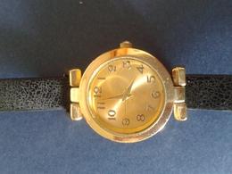 Horloge Femme De Bonne Qualité - Watches: Modern