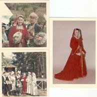 Lot De 3 Photographies De Bretagne, Pont-Aven (29), Les Ajoncs D'Or De Juillet 1966, Jolie Duchesse Avec Mme Botrel - Lieux