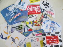 Lot De 200 Autocollants  Divers. Frais Postal Compris - Publicités