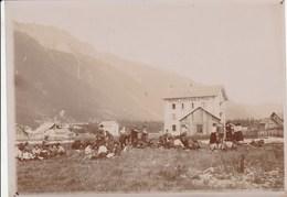PIQUE-NIQUE Prés De L'Hotel Du Chemin De Fer à Chamonix En 1905 (18cmX13cm)156J - Persone Anonimi