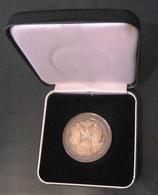 Medaille De Gaulle Adenauer 22 Jav 1988 Revers  Mitterrand  Kohl    VERDUN - Altri