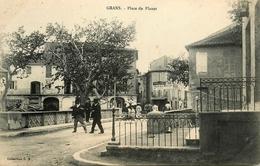 Grans * Place Du Planet * Hôtel Mille - Autres Communes
