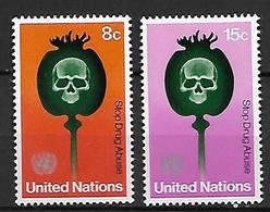 NATIONS - UNIES    -    1973 .  Y&T N° 229 / 230 * .   Contre L'abus Des Drogues  /  Tête De Mort Sur Pavot. - New York -  VN Hauptquartier