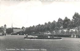 Tilburg, Gen. Maj. Kromhoutkazerne Appelplaats   (glansfotokaart) - Tilburg