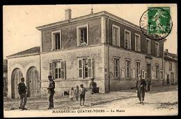 MANDRES AUX QUATRE TOURS - La Mairie - Francia