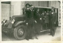 Elégante Famille Et Sublime Automobile RENAULT Ancienne .   SUPERBE . - Automobili