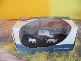 Modèles Réduits > Voitures Police - Renault 4CV Police - Boite Vitrine - 1:43 - Police & Gendarmerie