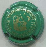 CAPSULE-CHAMPAGNE WAFFLART-ANTONIOLLI N°16c Vert & Or - Champagnerdeckel