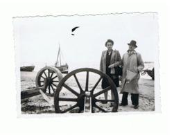 Photo ( +/- 6 X 9 Cm) DE PANNE, Bateau,... En 1945  (b187) - Lieux