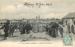 01 - SAINT LAURENT LES MACON -0101- Le Marché Aux Bennes - ( Voir Scan Recto Verso) - Frankreich