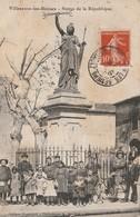 34/ Villeneuve Les Beziers - Statue De La République - Belle Animation Enfants - Francia