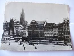 STRASBOURG (67) : TRAMWAY PLACE KLEBER Avant La Fermeture Du Réseau Le 1er Mai 1960  - Voir Les 2 Scans - Strasbourg