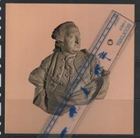 Artis Historia  17 X 17cm Karl JohannPhilipp Comte De Coblenz Buste De Pierre Olivier De Marseille 1769 - Sculptures