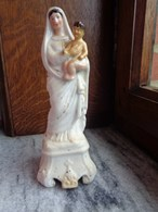 Réf: 100-12-2.          Statue    Marie Et Enfant   ( Porcelaine Polychrome ) - Religion & Esotericism