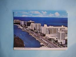 MIAMI   -  Collins Avenue  -   Floride  -  Etats Unis - Miami Beach