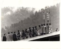 BHOUTAN BHUTAN MUSICIANS DRUMS INDIAN CHINA THIMPHU HIMALAYAS CORONATION KING JIGME SINGYE WANGCHUCH - Bhutan