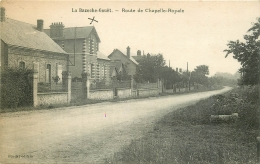 28 LA BAZOCHE-GOUËT. Route De Chapelle Royale - Autres Communes